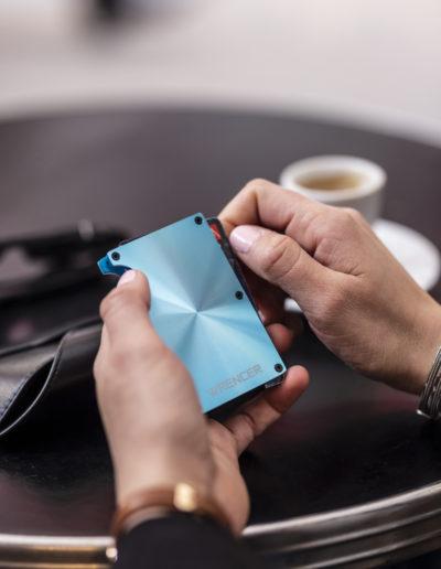 wrencer_ultimate_smart_wallet_card_holder (109)